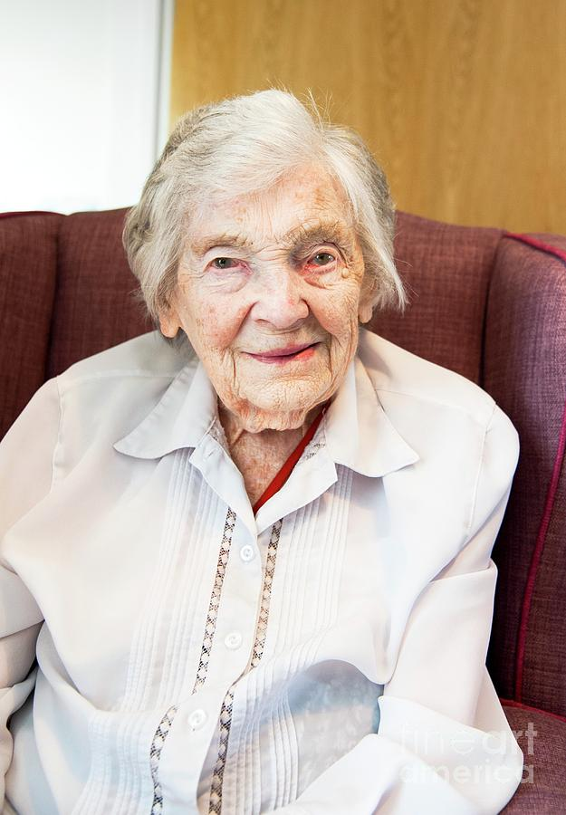 Portrait Photograph - Centenarian Care Home Resident by John Cole/science Photo Library