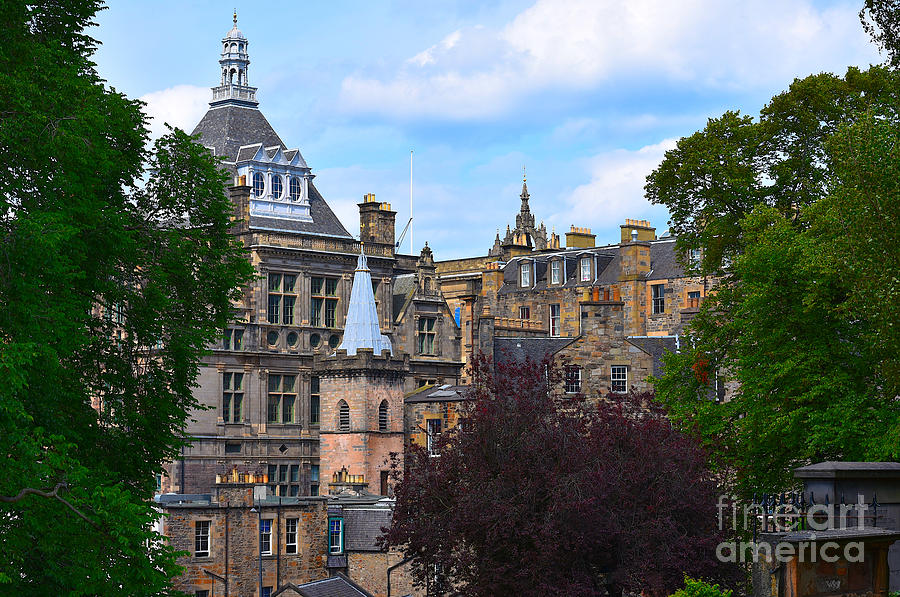 Central Library from Greyfriars Kirkyard by Yvonne Johnstone