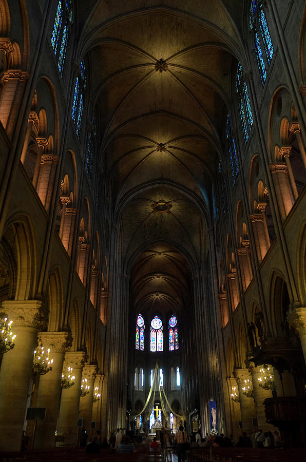 Central nave of Notre Dame de Paris before the fire of 2019 by RicardMN Photography