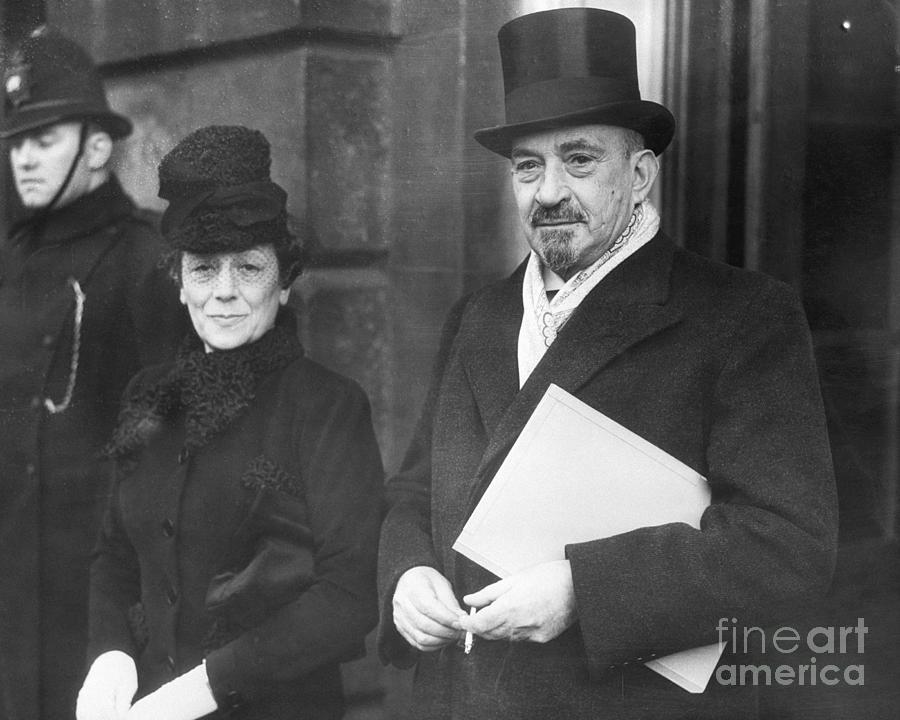 Chaim Weizmann And His Wife Vera Photograph by Bettmann
