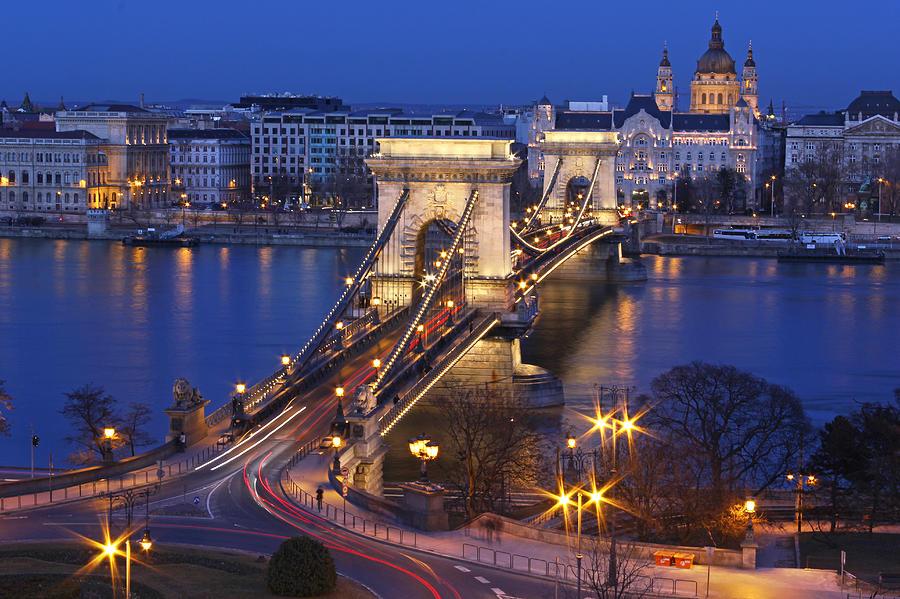 Chain Bridge At Night Photograph by Romeo Reidl
