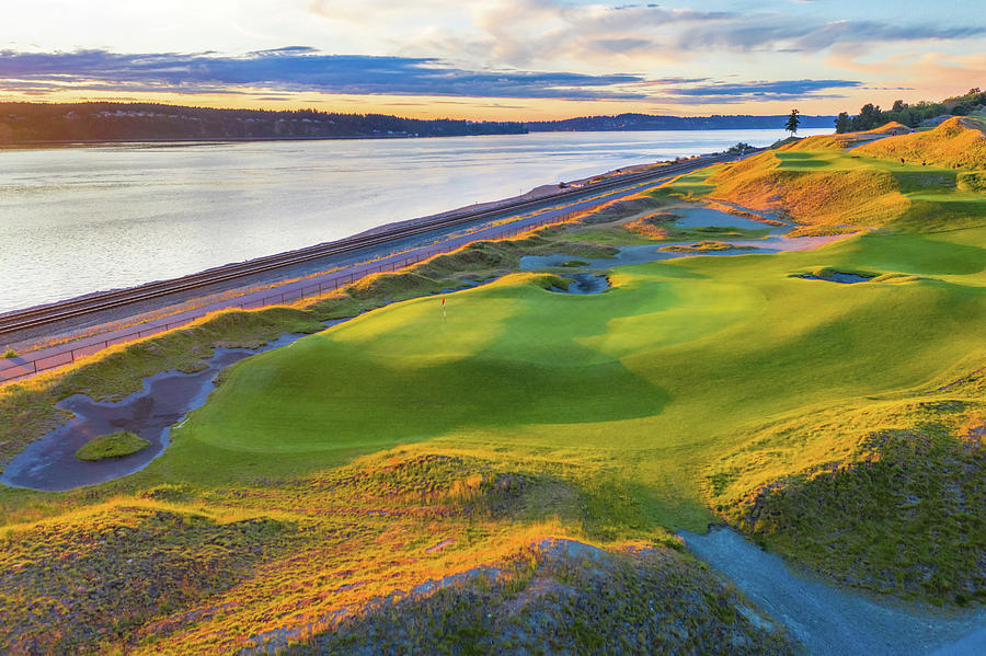 Chambers Bay Golf Course, Hole #17, 2019-2 by Mike Centioli