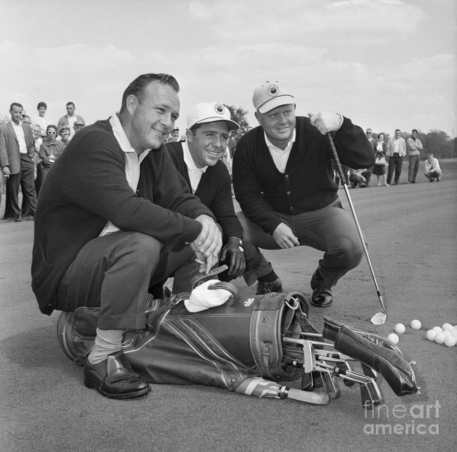 Champion Golfers On Practice Round Photograph by Bettmann