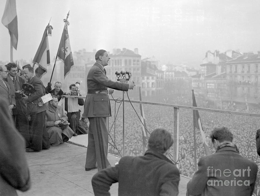 Charles De Gaulle Speaking At Rally Photograph by Bettmann