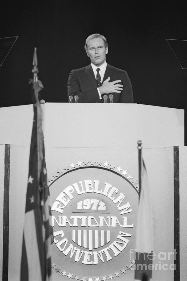 Charlton Heston Leading The Pledge Photograph by Bettmann