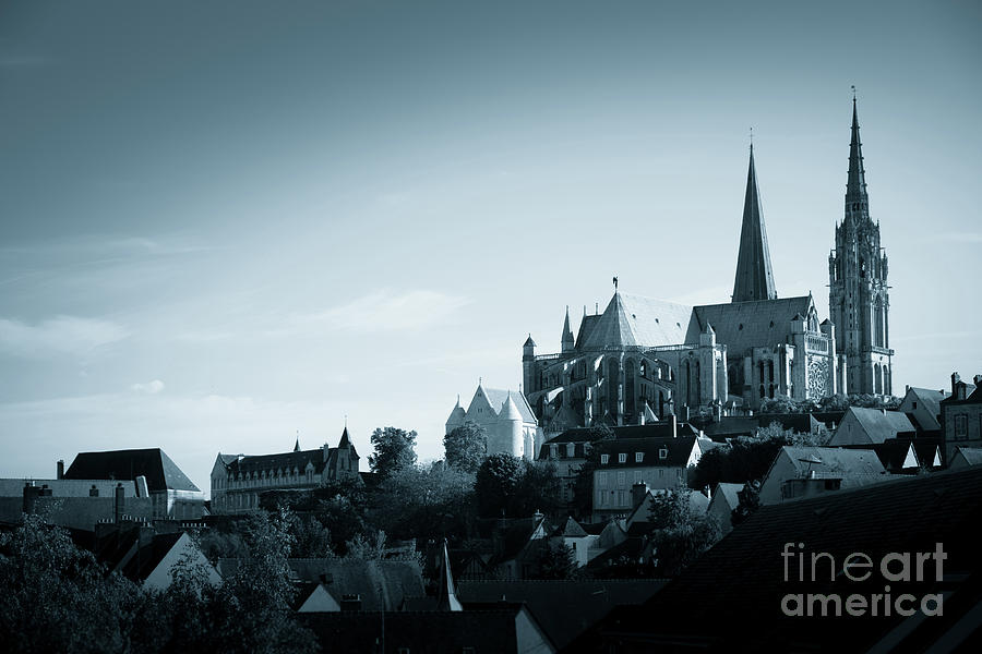 Chartres Cathedral on the hill top overlooking the town by Peter Noyce