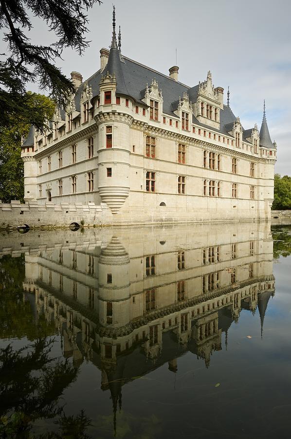 Chateau Azay-le-Rideau, by Stephen Taylor