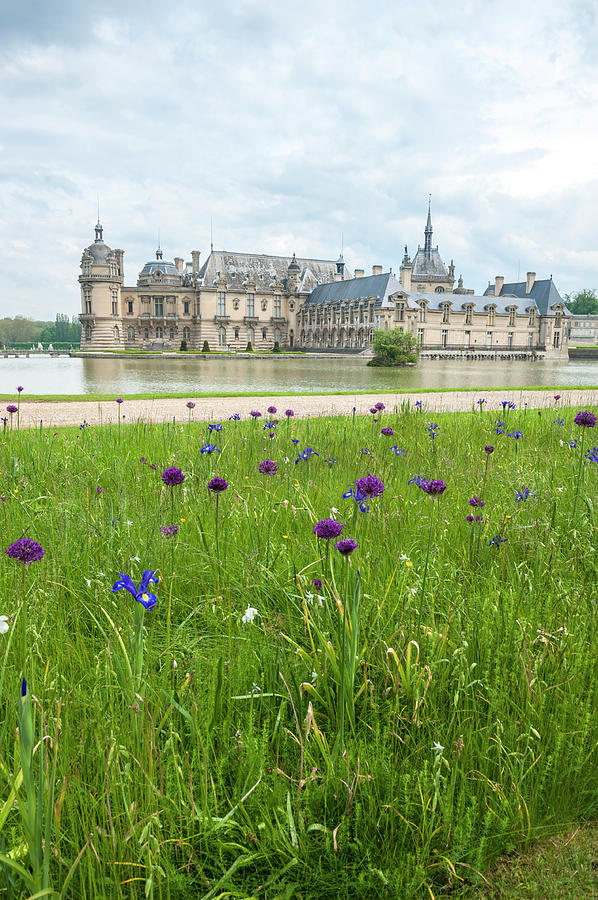 16th Century Photograph - Chateau De Chantilly, Chantilly, France by Lisa S. Engelbrecht