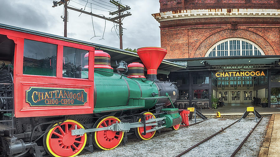 Chattanooga Choo Choo by Susan Rissi Tregoning