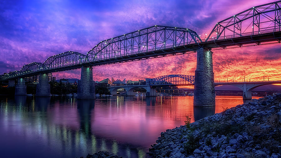 Chattanooga Sunset by Susan Rissi Tregoning