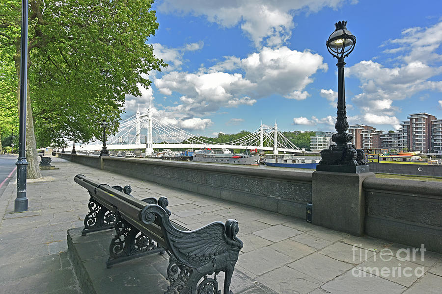 Chelsea Embankment Thames And Albert Bridge Photograph By Loren File