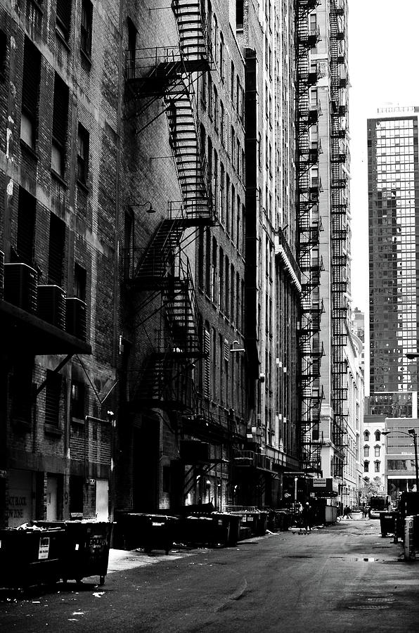 Chicago Alley by Carlos Alkmin