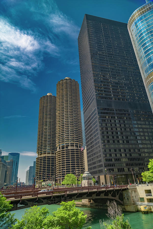 Chicago Photograph - Chicago City Sunshine Days by Betsy Knapp