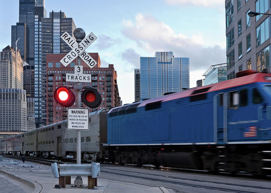 Chicago Metra Train Photograph by Helpinghandphotos