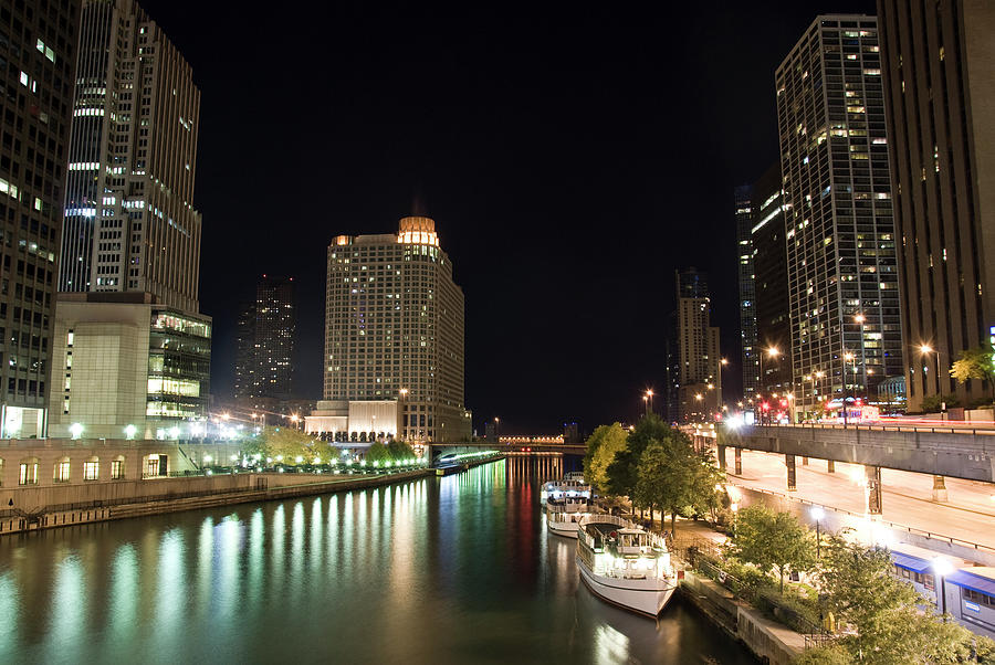Chicago River In The Night Photograph by Weible1980