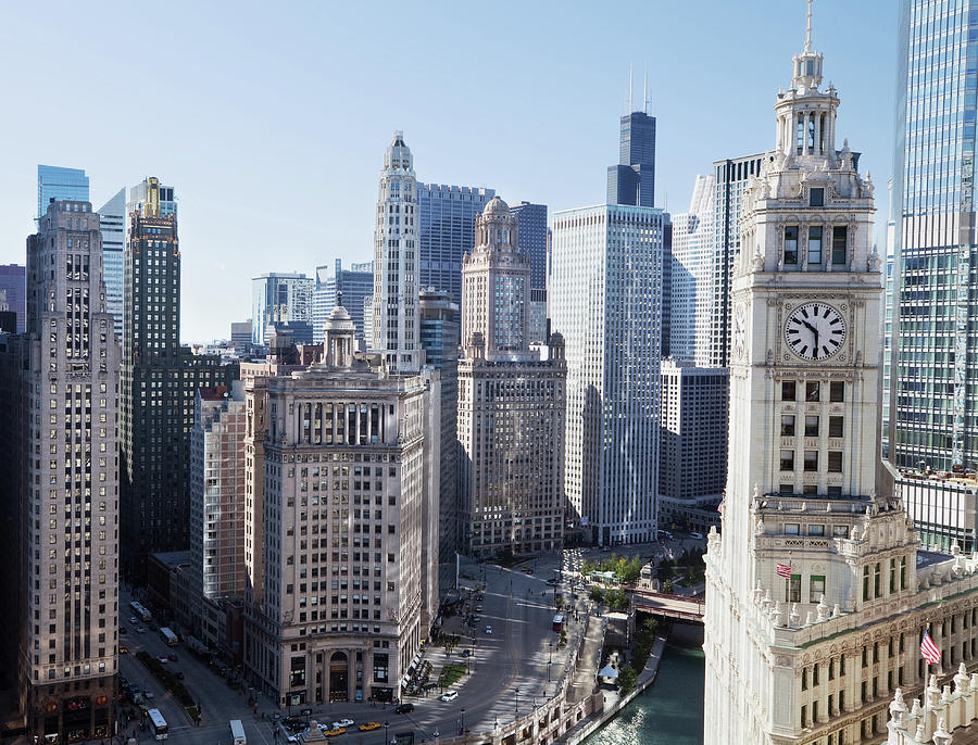 Chicago Skyscrapers On Wacker Drive In Photograph by Stevegeer
