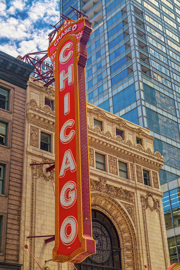 Chicago Photograph - Chicago Vivids by Betsy Knapp
