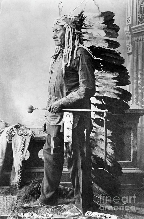 Chief Sitting Bull Photograph by Bettmann