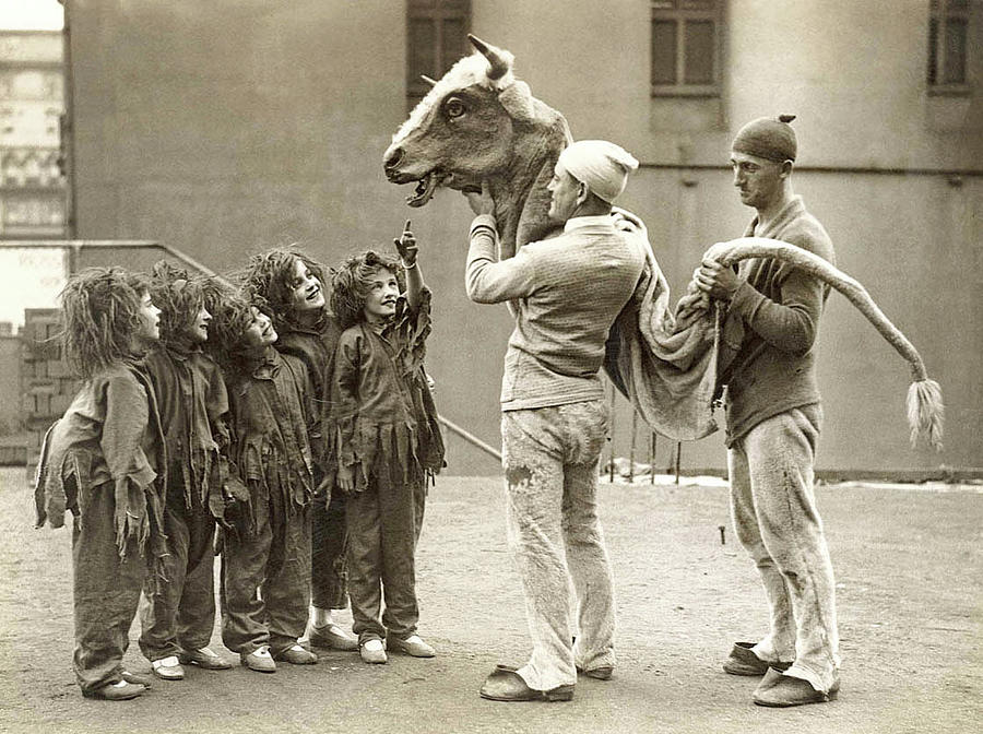 Child Painting - Child Performers  C  1920s  30s By Sam Hood by Celestial Images