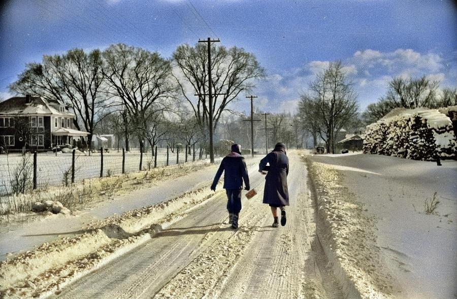 Children Going Home From School, Chillicothe, Ohio, February 1940. Photo By Arthur Rothstein. Colori Painting