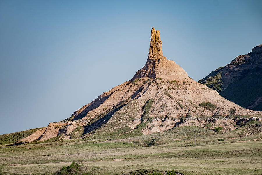 Chimney Rock in Nebraska by Art Whitton