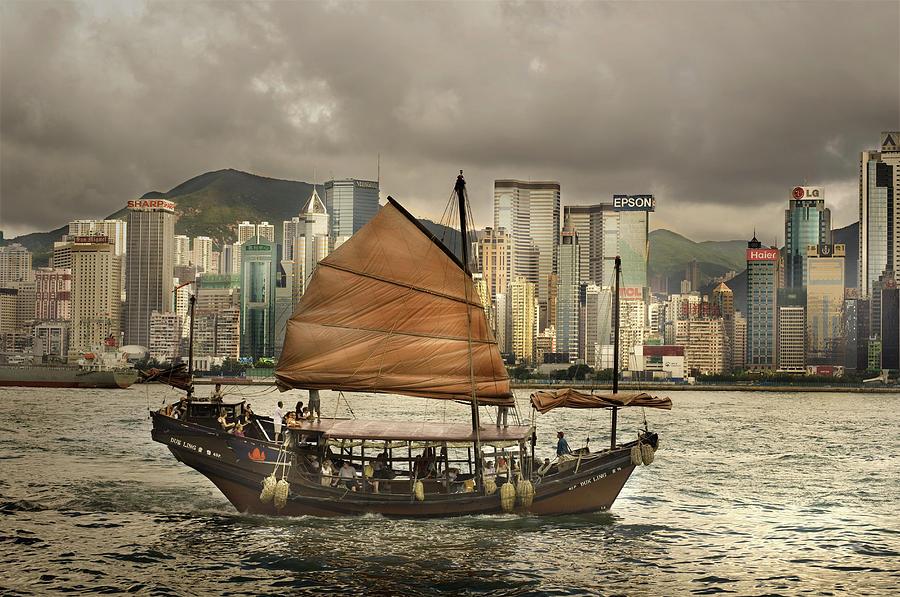 China, Hong Kong, Junk Boat In Bay Photograph by Maremagnum