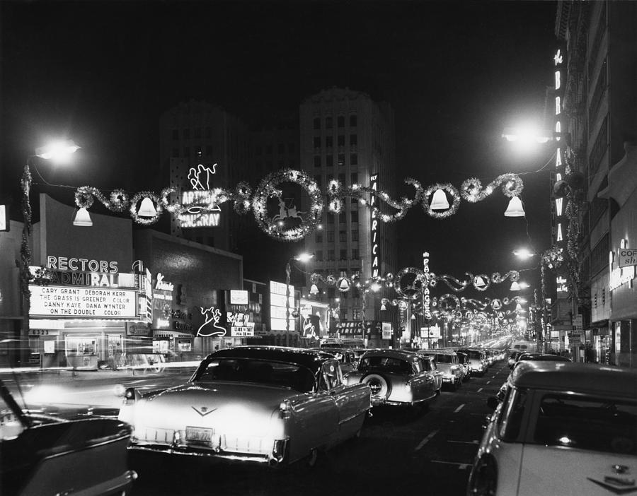 Christmas In Hollywood Photograph by American Stock Archive
