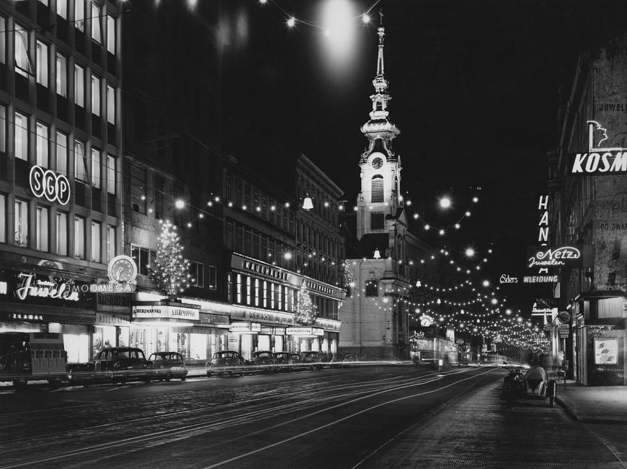 Christmas In Vienna Photograph by Archive Photos