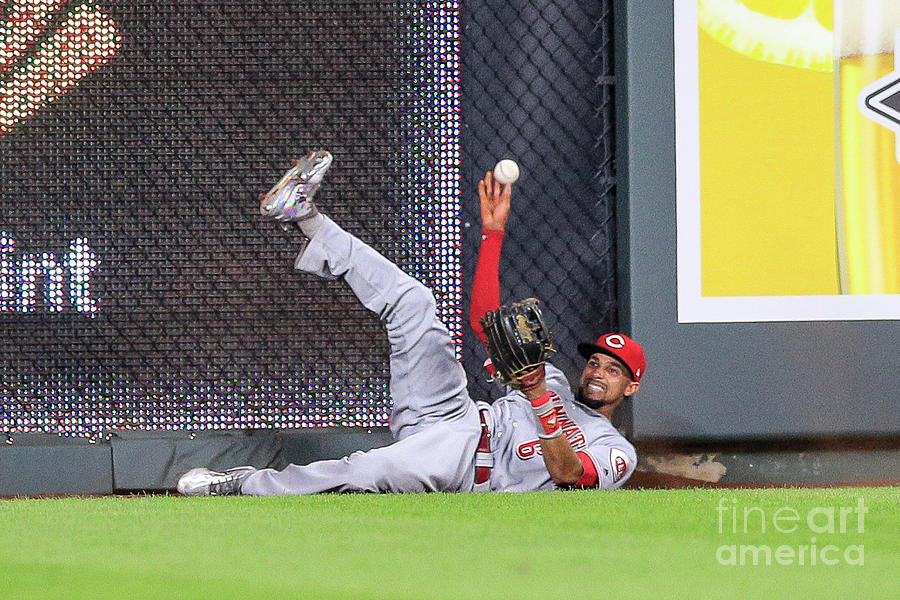 Cincinnati Reds V Kansas City Royals Photograph by Brian Davidson