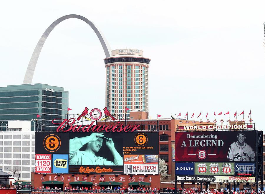 Cincinnati Reds V St. Louis Cardinals Photograph by Elsa