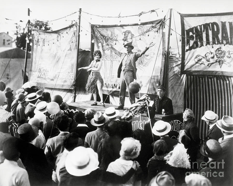 Circus Ringmaster Announcing Acts Photograph by Bettmann