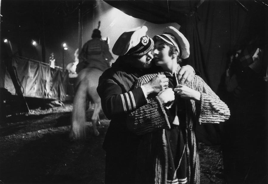 Circus Sweethearts Photograph by Thurston Hopkins