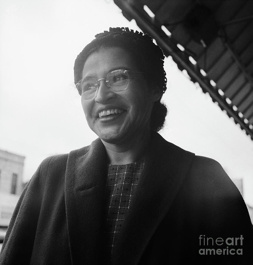 Civil Rights Leader Rosa Parks Smiling Photograph by Bettmann