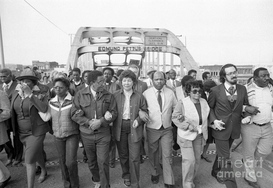 Civil Rights Marchers Cross Edmund Photograph by Bettmann
