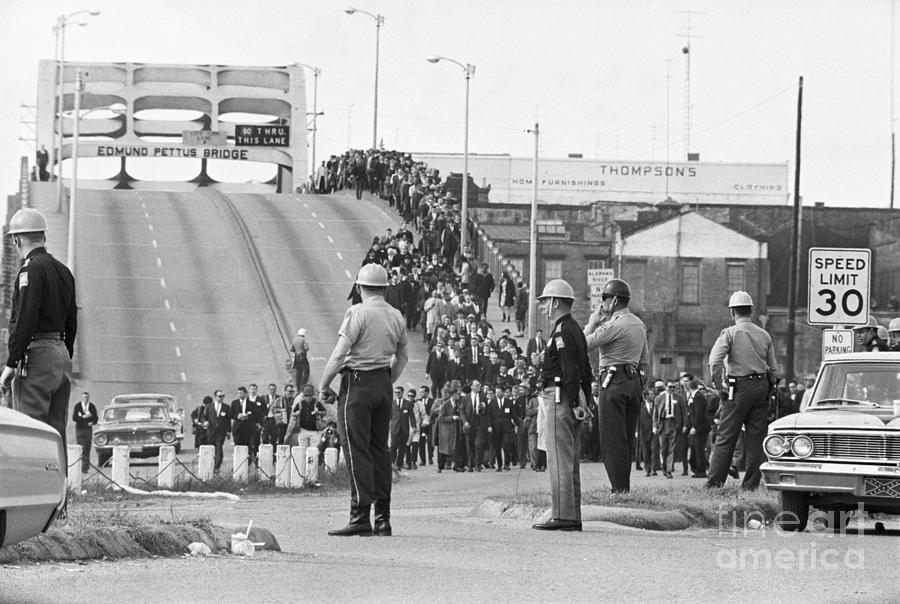 Civil Rights Marchers On Bridge Photograph by Bettmann