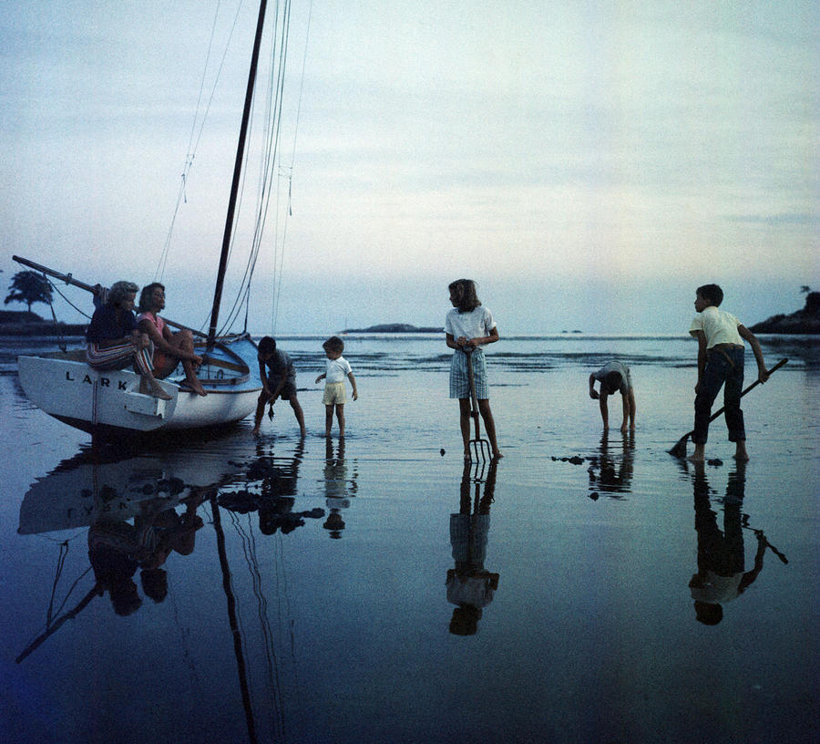 Clam Diggers Photograph by Slim Aarons