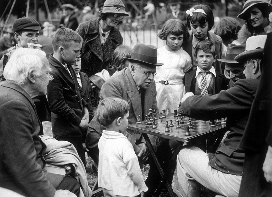 Clapham Chess Photograph by Fox Photos