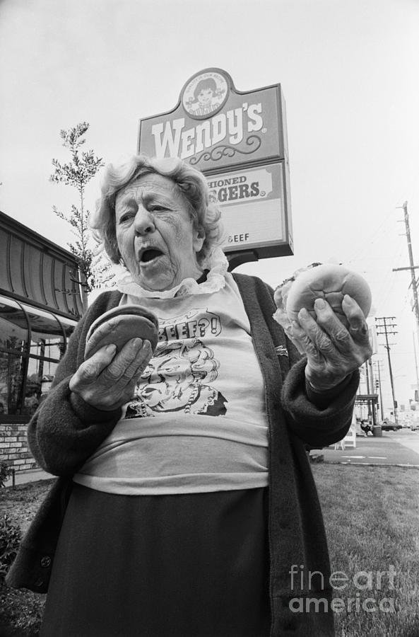 Clara Peller Outside A Wendys Restaurant Photograph by Bettmann