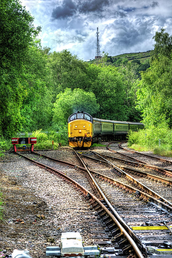 Class 37 Locomotive 1 by Steve Purnell