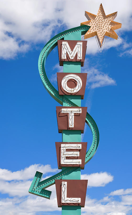 Classic Motel Sign Photograph by Elementalimaging