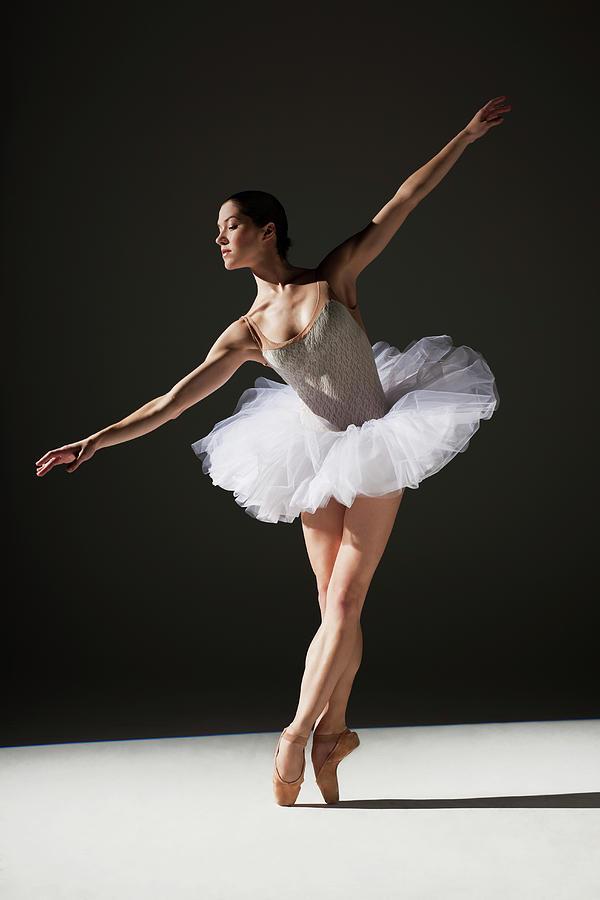 Classical Ballerina On Point Photograph by Nisian Hughes