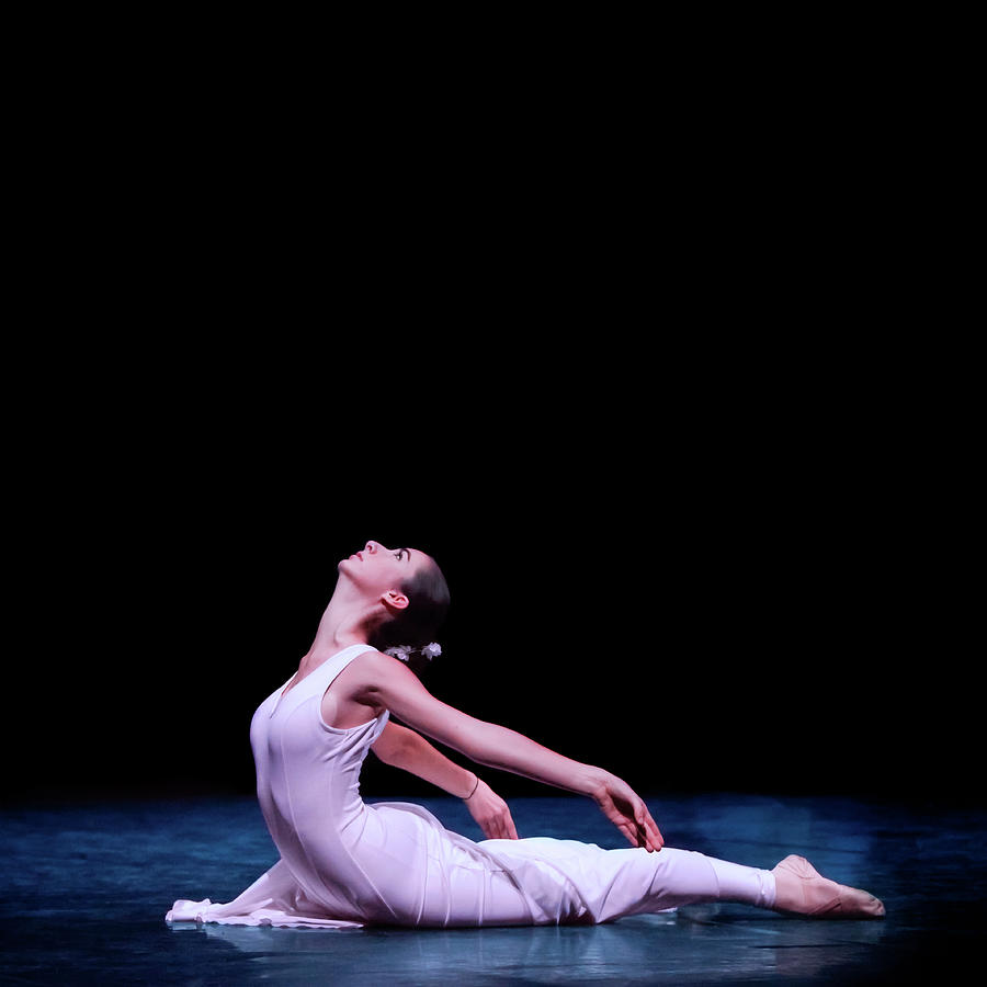 Classical Ballet Dancer Photograph by Maika 777