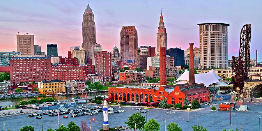 Cleveland Photograph - Cle Is Lookin Good by Frozen in Time Fine Art Photography