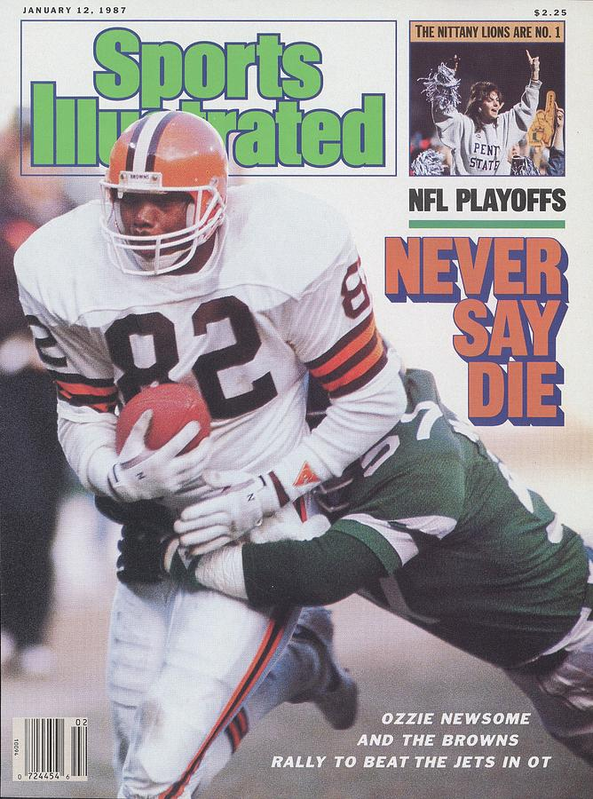 Cleveland Browns Ozzie Newsome, 1987 Afc Divisional Playoffs Sports Illustrated Cover Photograph by Sports Illustrated