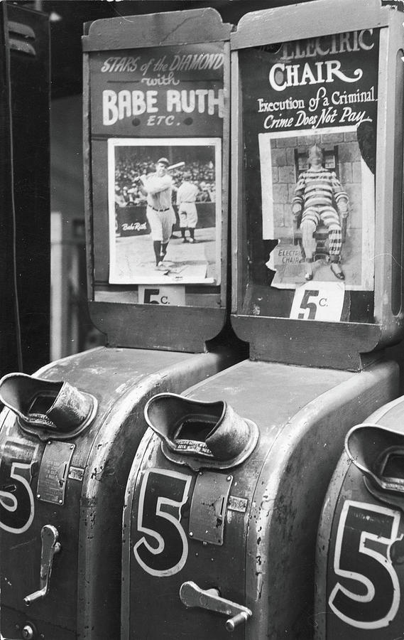 Coin-operated Movies Photograph by Fred W. McDarrah
