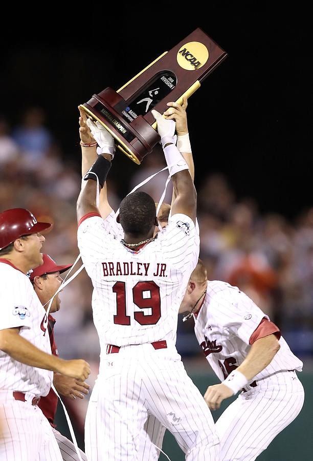 College World Series - Game Two Photograph by Christian Petersen