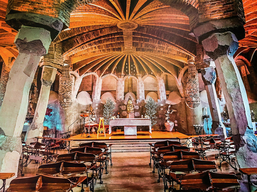 Colonia Guell Chapel by Art Spectrum
