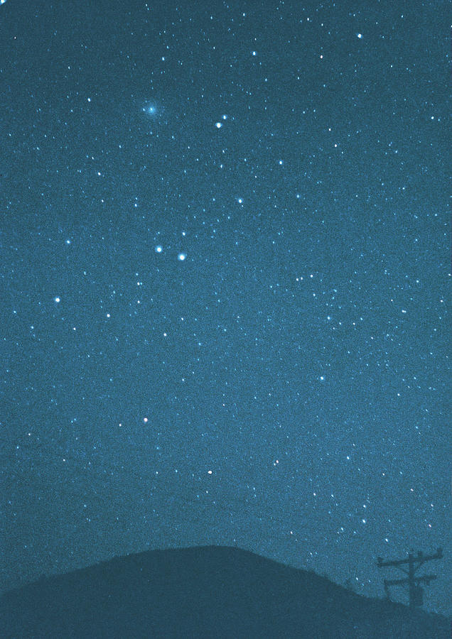 Comet Iras-araki-alcock And Star Photograph by Digital Vision.