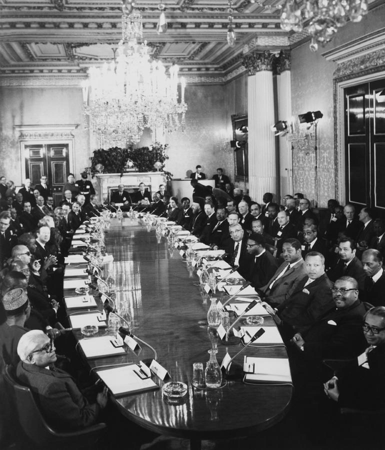 Commonwealth Conference With Harold Photograph by Keystone-france