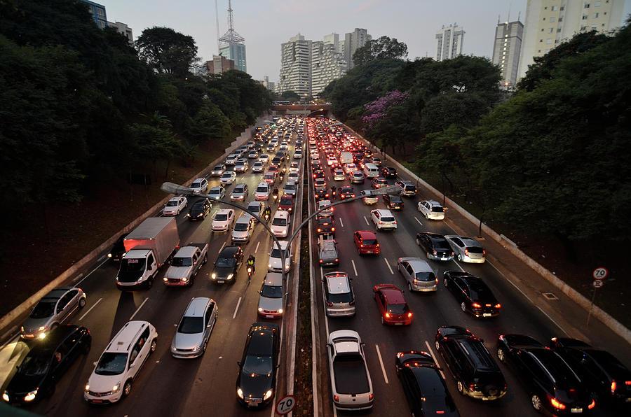 Congestionamento Em São Paulo Photograph by Levi Bianco
